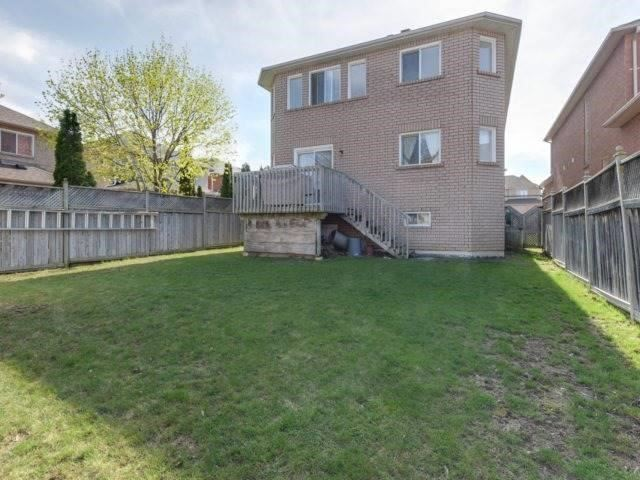 Detached at 1566 Garland Cres, Pickering, Ontario. Image 10