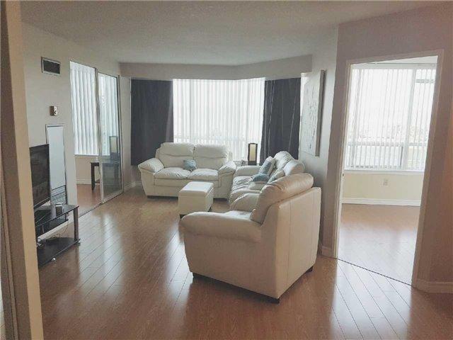 Condo Apartment at 3 Greystone Walk Dr, Unit 423, Toronto, Ontario. Image 18