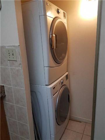 Condo Apartment at 3 Greystone Walk Dr, Unit 423, Toronto, Ontario. Image 11
