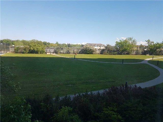 Condo Apartment at 3 Greystone Walk Dr, Unit 423, Toronto, Ontario. Image 13