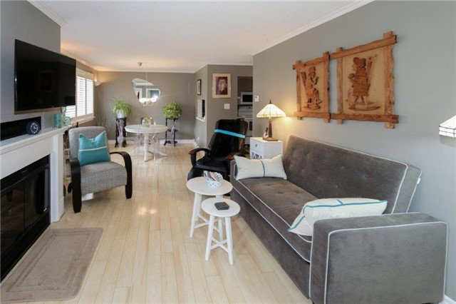Condo Apartment at 195 Lake Driveway W, Unit 201, Ajax, Ontario. Image 18