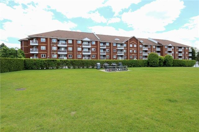 Condo Apartment at 195 Lake Driveway W, Unit 201, Ajax, Ontario. Image 8