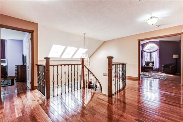 Detached at 14 Lord Duncan Crt, Clarington, Ontario. Image 6