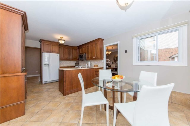 Detached at 97 Holliday Dr, Whitby, Ontario. Image 18