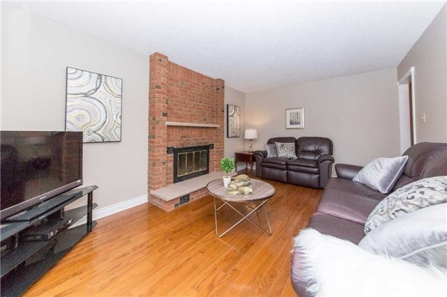 Detached at 97 Holliday Dr, Whitby, Ontario. Image 3