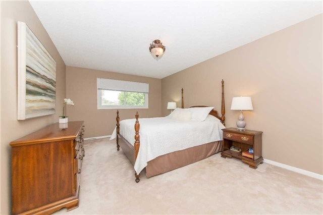 Detached at 97 Holliday Dr, Whitby, Ontario. Image 4