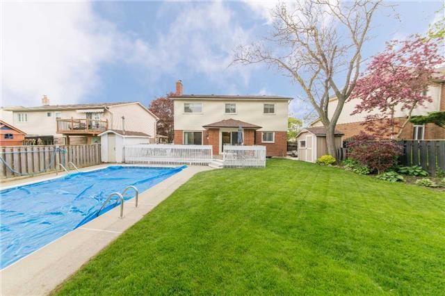 Detached at 97 Holliday Dr, Whitby, Ontario. Image 10