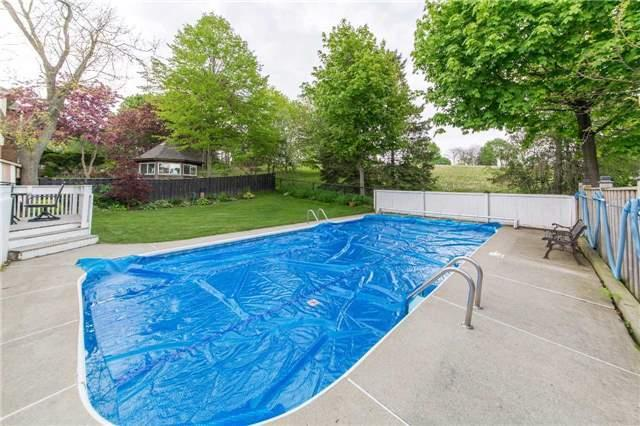 Detached at 97 Holliday Dr, Whitby, Ontario. Image 11