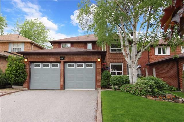 Detached at 1043 Riverview Cres, Pickering, Ontario. Image 1
