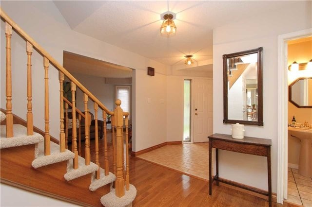 Detached at 1043 Riverview Cres, Pickering, Ontario. Image 17