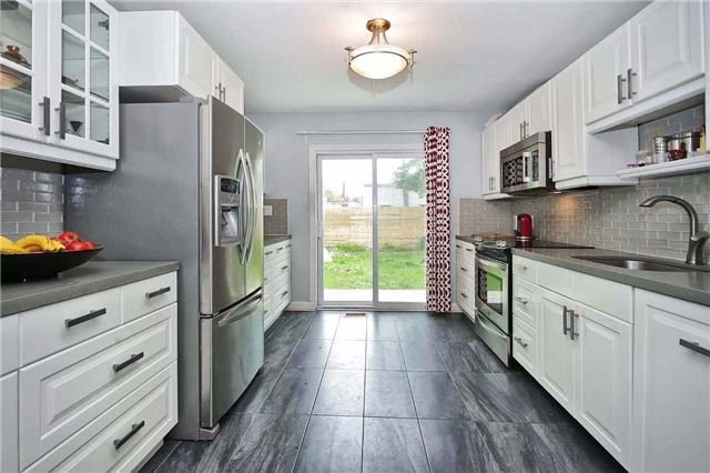 Detached at 8 East Haven Dr, Toronto, Ontario. Image 12