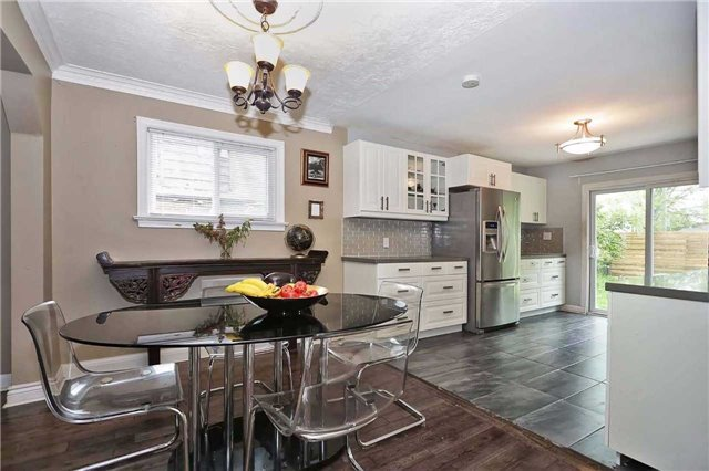 Detached at 8 East Haven Dr, Toronto, Ontario. Image 13