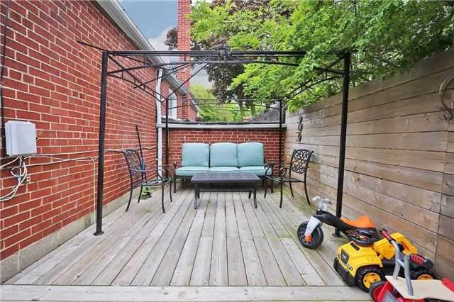 Detached at 8 East Haven Dr, Toronto, Ontario. Image 2