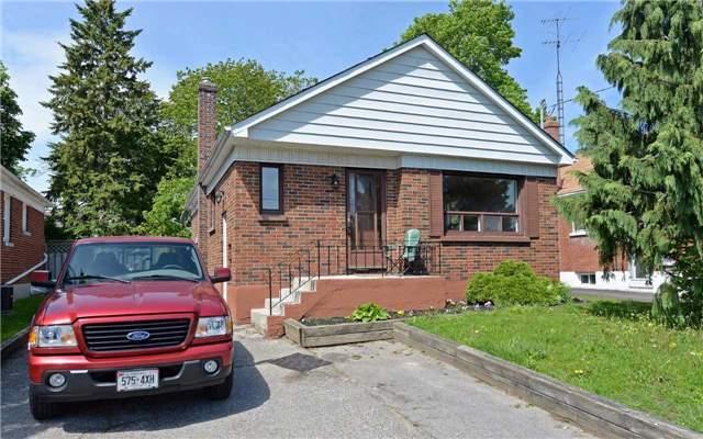 Detached at 104 Wilson Rd N, Oshawa, Ontario. Image 1