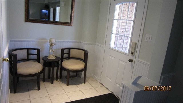 Townhouse at 924 Audley Rd S, Ajax, Ontario. Image 15