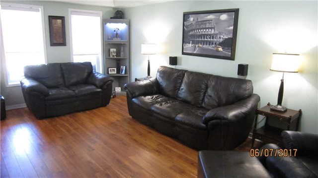 Townhouse at 924 Audley Rd S, Ajax, Ontario. Image 17