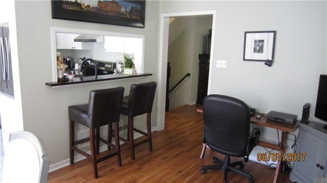 Townhouse at 924 Audley Rd S, Ajax, Ontario. Image 3