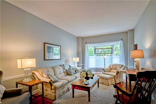 Detached at 1523 Eagleview Dr, Pickering, Ontario. Image 14