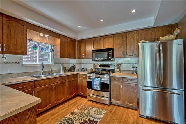 Detached at 1523 Eagleview Dr, Pickering, Ontario. Image 19