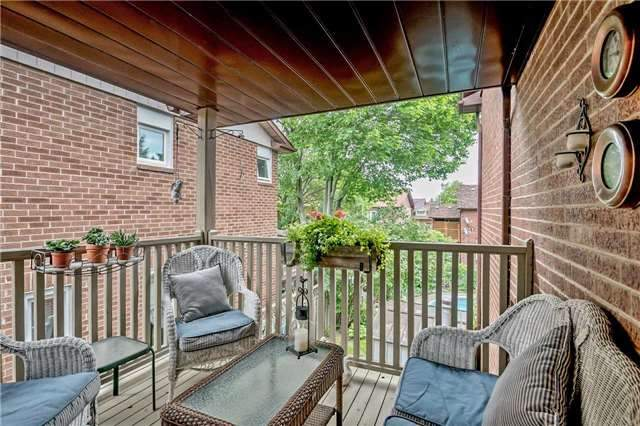 Detached at 1523 Eagleview Dr, Pickering, Ontario. Image 4