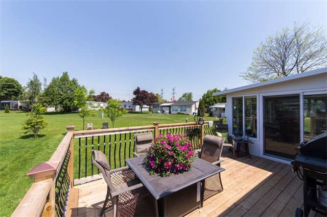 Detached at 88 Bluffs Rd, Clarington, Ontario. Image 9