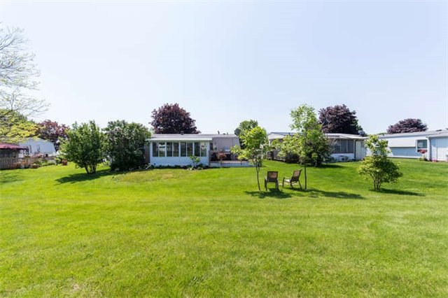 Detached at 88 Bluffs Rd, Clarington, Ontario. Image 10