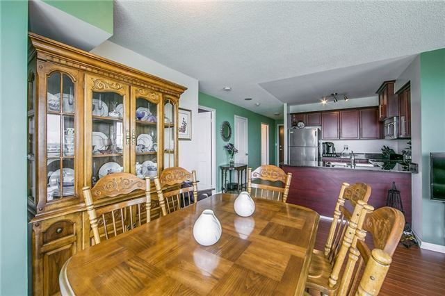 Condo Apartment at 6 Rosebank Dr, Unit 15L, Toronto, Ontario. Image 15