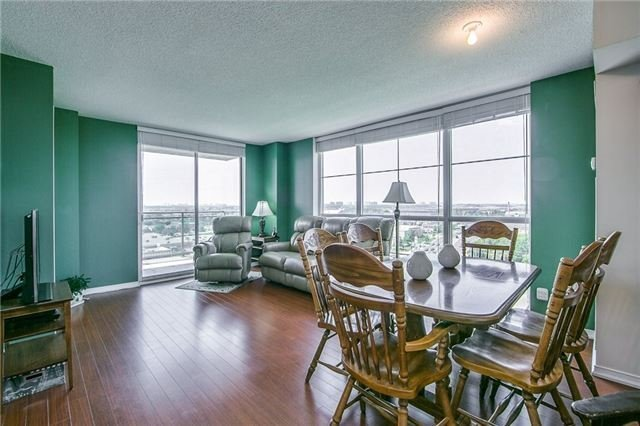Condo Apartment at 6 Rosebank Dr, Unit 15L, Toronto, Ontario. Image 18