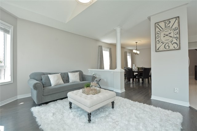 Detached at 9 Kenilworth Cres, Whitby, Ontario. Image 18