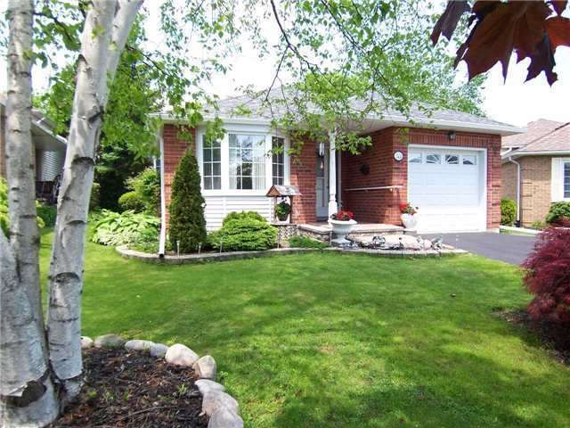 Detached at 53 Prout Dr, Clarington, Ontario. Image 11