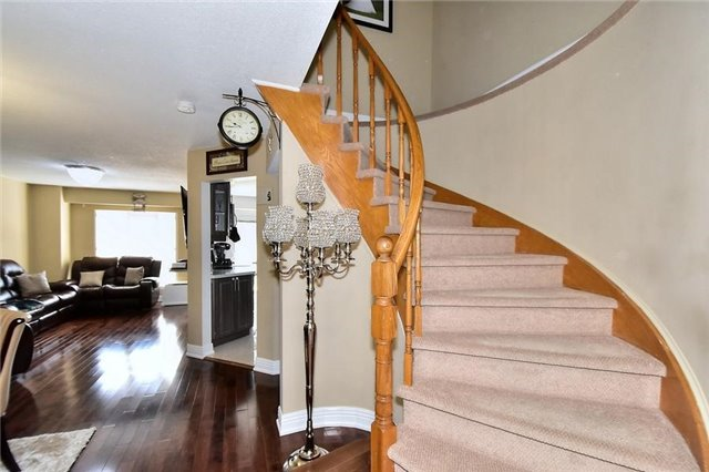 Link at 51 Roughfield Cres, Toronto, Ontario. Image 17