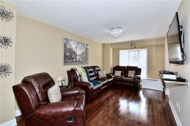 Link at 51 Roughfield Cres, Toronto, Ontario. Image 19