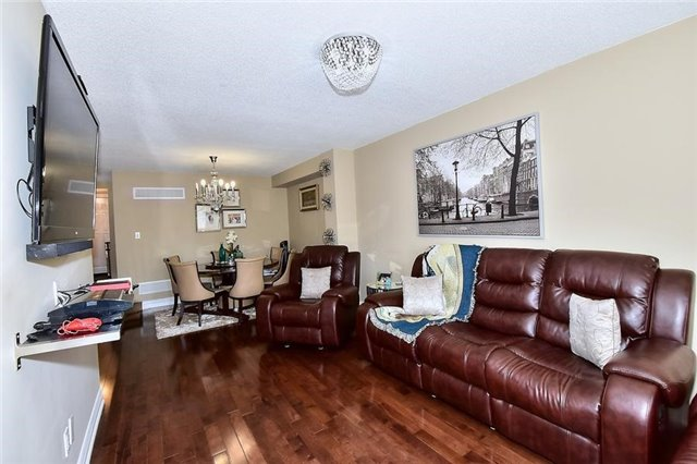 Link at 51 Roughfield Cres, Toronto, Ontario. Image 20