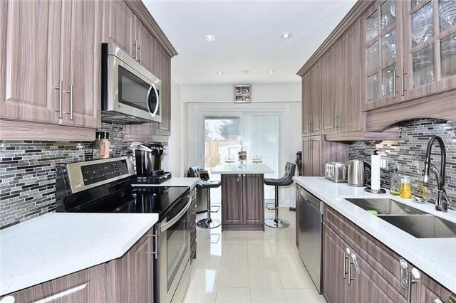 Link at 51 Roughfield Cres, Toronto, Ontario. Image 5