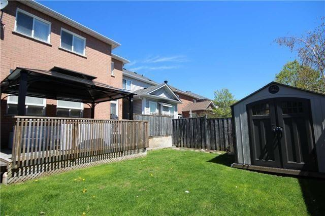 Detached at 480 Woodsmere Cres, Pickering, Ontario. Image 3