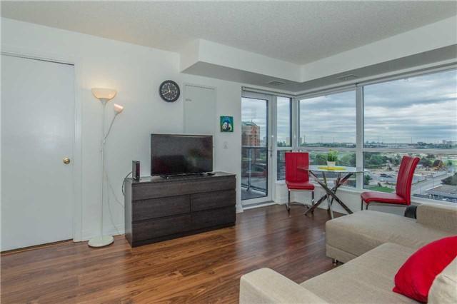 Condo Apartment at 151 Village Green Sq, Unit 1106, Toronto, Ontario. Image 13