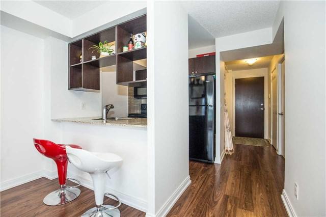 Condo Apartment at 151 Village Green Sq, Unit 1106, Toronto, Ontario. Image 16