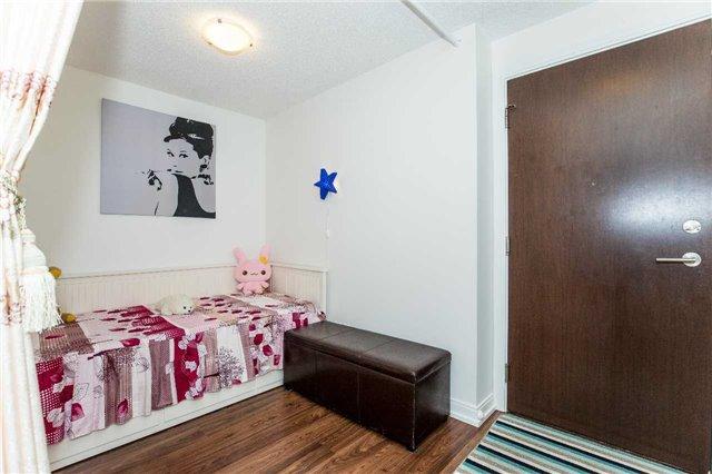 Condo Apartment at 151 Village Green Sq, Unit 1106, Toronto, Ontario. Image 17