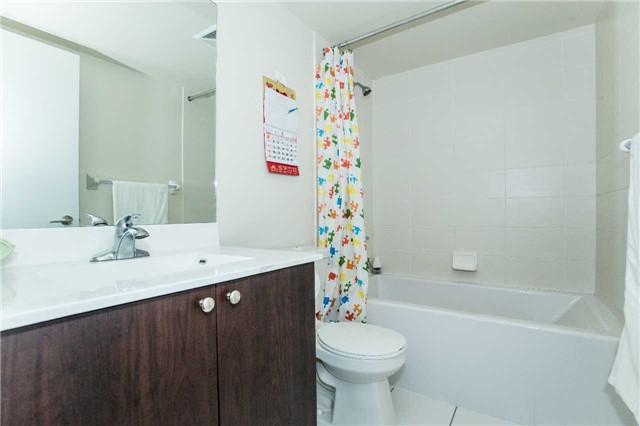 Condo Apartment at 151 Village Green Sq, Unit 1106, Toronto, Ontario. Image 4