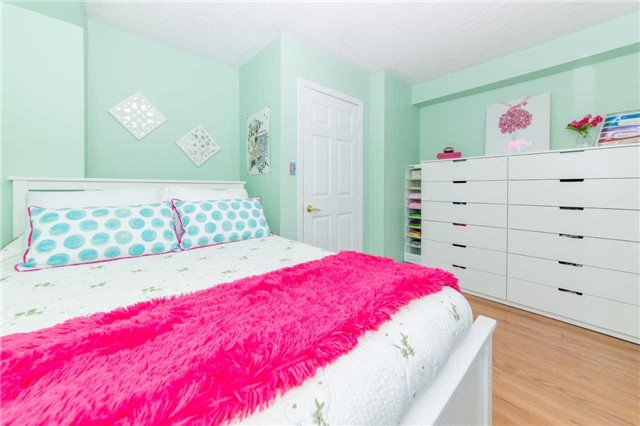 Townhouse at 1775 Valley Farm Rd, Unit 5, Pickering, Ontario. Image 2