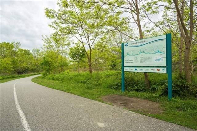 Detached at 386 Rosebank Rd, Pickering, Ontario. Image 1