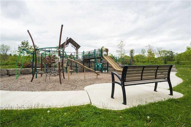 Detached at 386 Rosebank Rd, Pickering, Ontario. Image 2