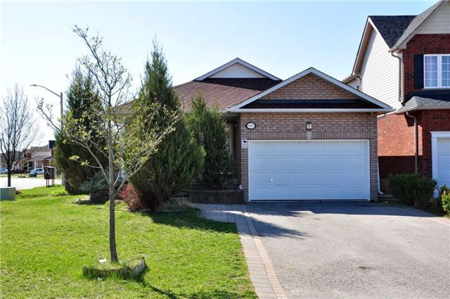 Detached at 1860 Dalhousie Cres, Oshawa, Ontario. Image 1