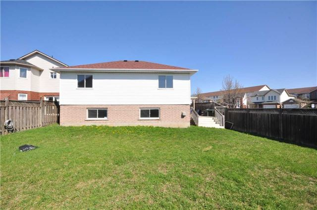 Detached at 1860 Dalhousie Cres, Oshawa, Ontario. Image 11