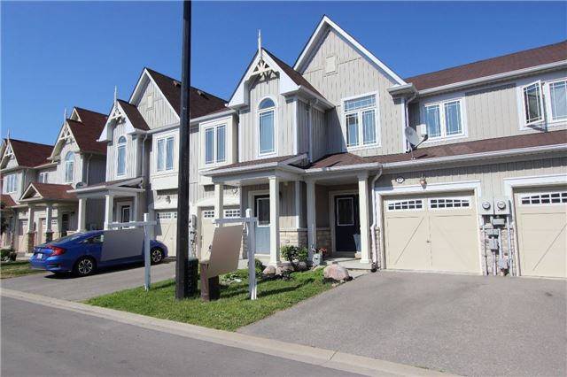 Townhouse at 67 Connell Lane, Clarington, Ontario. Image 1