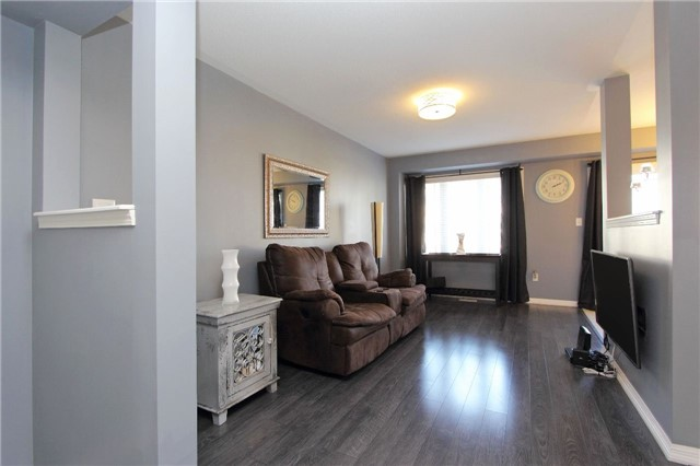 Townhouse at 67 Connell Lane, Clarington, Ontario. Image 4