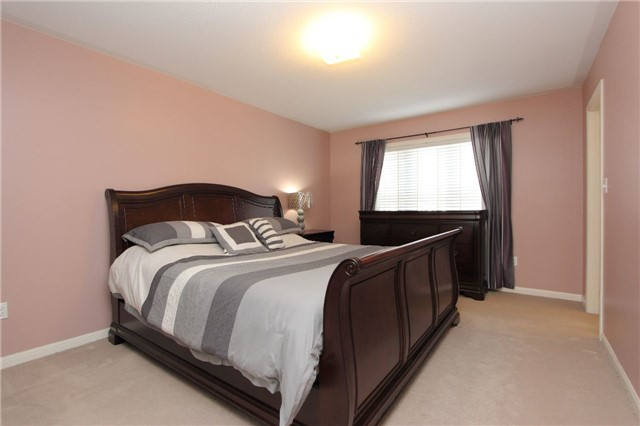 Townhouse at 67 Connell Lane, Clarington, Ontario. Image 5