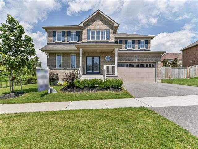 Detached at 10 Northern Dancer Dr, Oshawa, Ontario. Image 1