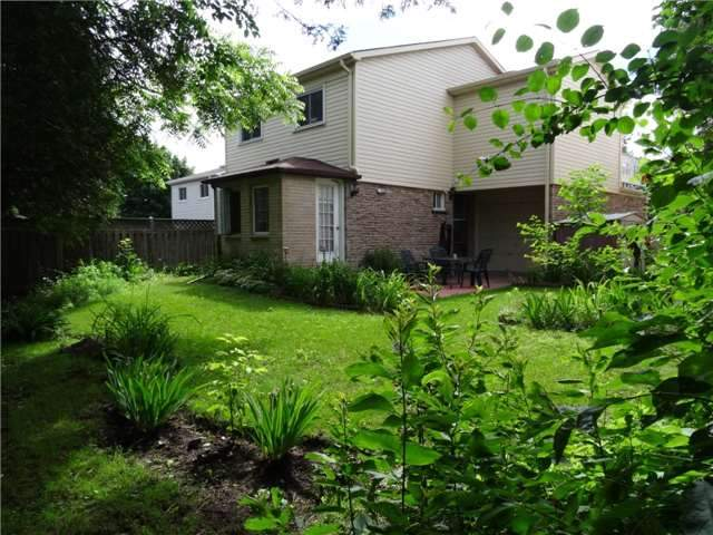 Link at 1736 Wollaston Crt, Pickering, Ontario. Image 7