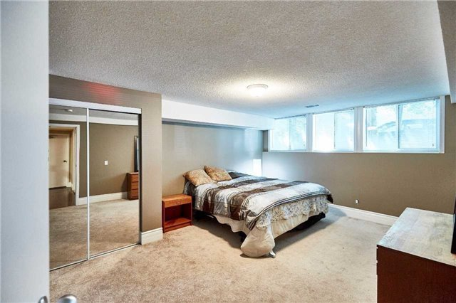 Detached at 3505 Westney Rd, Pickering, Ontario. Image 7